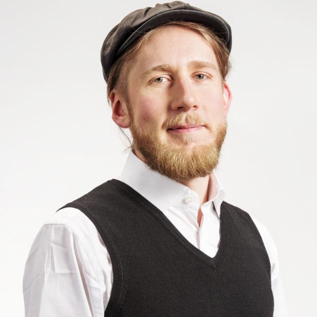 Valokuva Jarkko Lampuotista.